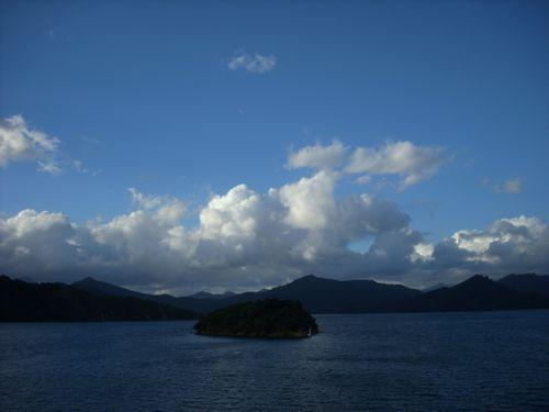 Picton (Neuseeland_DSCI0012.JPG) wird geladen. Work and Travel Australia..